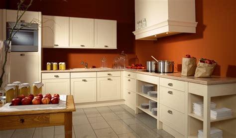 cuisine bi couleur peinture murs de mon entrée salon cuisine