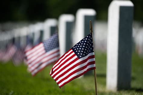 memorial day deals  food services  veterans