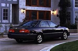 Lexus  1998