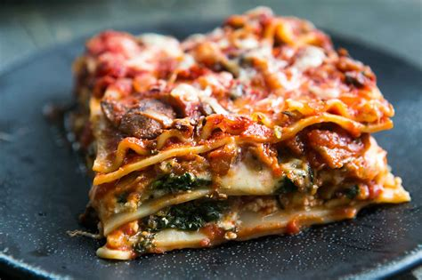 vegetarian lasagna vegetarian lasagna recipe spinach and mushroom lasagna simplyrecipes com