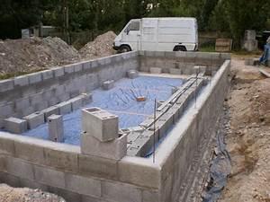 apercu piscine enterree parpaings classiques With comment construire sa piscine en parpaing