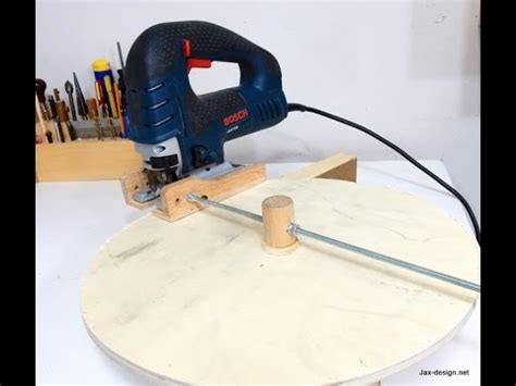 Jigsaw Circle Cutting Jig Youtube