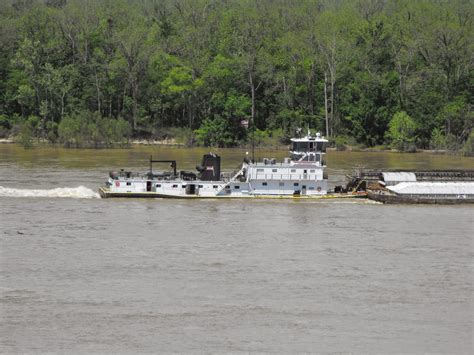Tow Boat Companies In Vicksburg Ms by Marian S Stories Etc Etc Etc Busy Day On