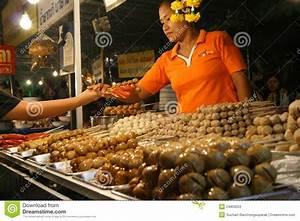 Night Market WAT SAKET TEMPLE Editorial Stock Photo ...