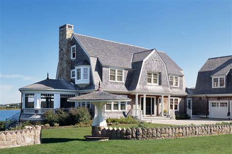10 Classic Cape Cod Homes That Do Beach Decor Right Photos