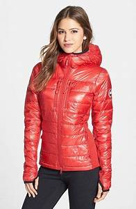 39Hybridge Lite39 Slim Fit Hooded Packable Down Jacket Canada Goose Fashion Clearance Sale And