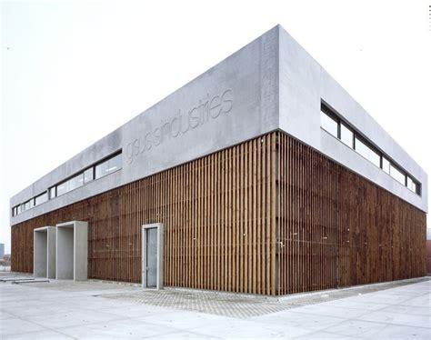 Beton Holz Fassade by Gsus Sindustries Headquarters Evelo Architecten Studio
