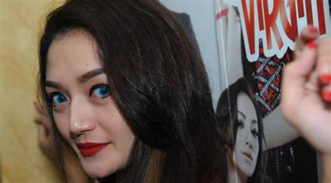 Siti Badriah Iri Melihat Teman Pacaran