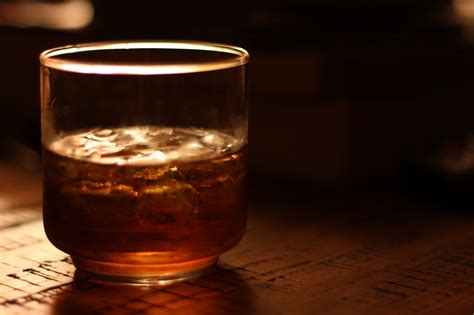 whiskey on the rocks top 10 must try whiskey bars in manhattan new york