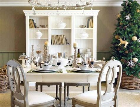 how to decorate your dining room table for christmas how to decorate dining room tables interior design