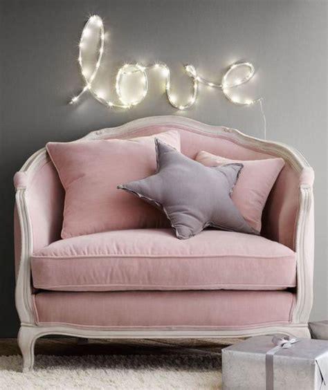 canapé pale la couleur poudré dans la déco intérieure canapé