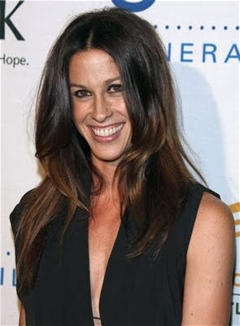 fashion  alanis morissette hair
