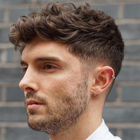 Hairstyle For With Thick Hair by 40 Statement Hairstyles For With Thick Hair