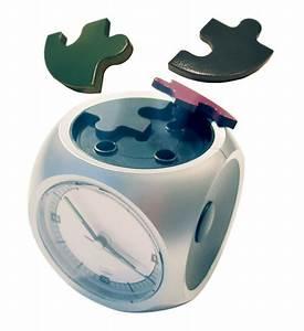 Some Very Cool Alarm Clocks…   Los Cuatro Ojos