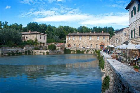Bagno Di Vignoni by Springs Of Bagno Vignoni Visit Tuscany