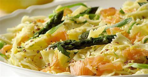 peut on manger des pates tous les jours salade de pates au saumon asperges liveche et estragon