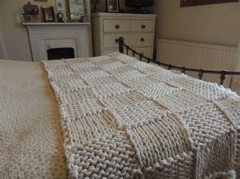 Chunky Cream Hand Knitted Blanket / Double And King Size Bed Throw How To Make Pigs In A Blanket With Crescent Rolls And Little Smokies Personalized Fleece Blankets For Wedding Electric At Home Swaddle Guardian Crochet Baby Edging Ideas Easy Knit Directions Sunbeam Temperature Animal Print Babies