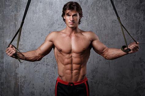 Functional Fitness Vs. Bodybuilding ~ Anabolicco