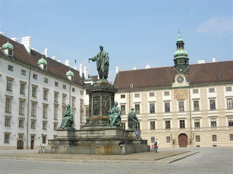In der Burg in Hofburg Imperial Palace   Amalienburg ...