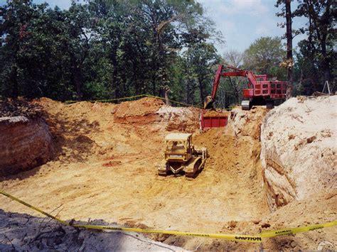 underground homes good  bad monolithic dome institute