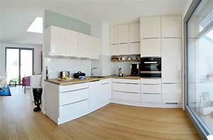 Parkett In Küche : ber den d chern kreuzbergs landhausdiele eiche country ge lt modern k che berlin von ~ Markanthonyermac.com Haus und Dekorationen