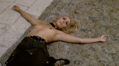 Naked Nicole Nancel In The Shiver Of The Vampires