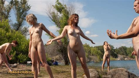 Naked Club Photo Show