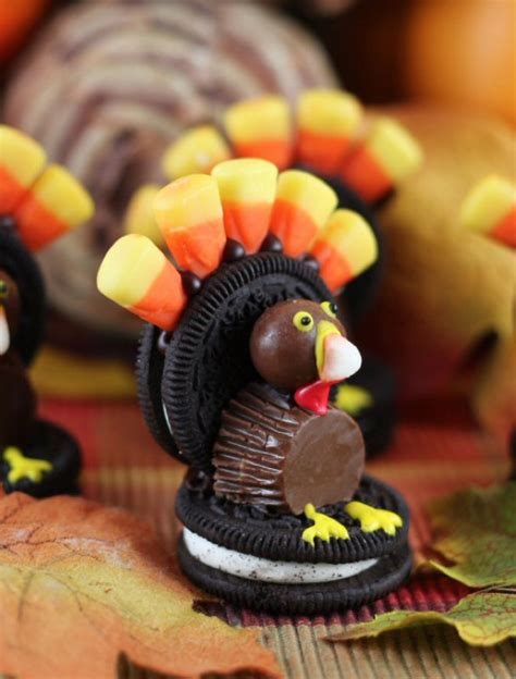 Want thanksgiving dessert recipes that are easy and delicious? 50 Cute Thanksgiving Treats For Kids