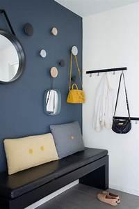 1001 idees pour un hall d39entree maison les elements a for Porte d entrée pvc avec carrelage bleu marine salle de bain