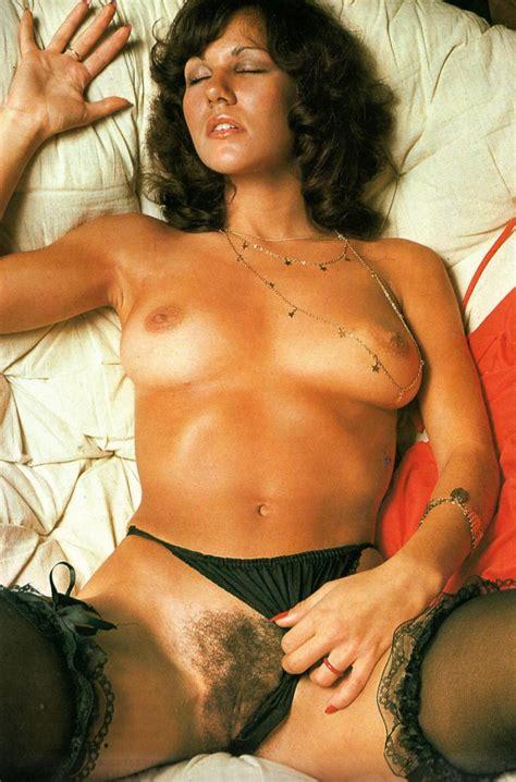 Linda Lusardi Nude Pics Page