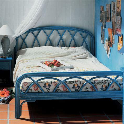 lit en rotin 1 ou 2 personnes brin d ouest