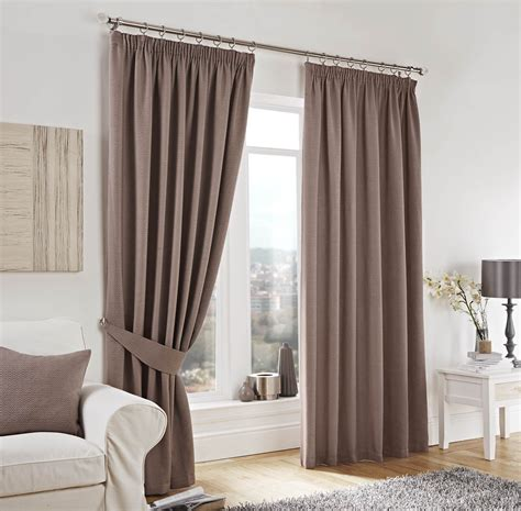 how to choose the right fabric for your curtains