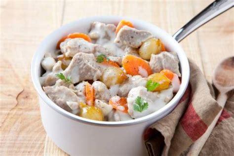 cuisiner la blanquette de veau recette de blanquette de veau à l 39 ancienne facile et rapide