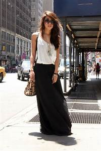 25+ best ideas about Black maxi skirts on Pinterest | Long black tulle skirt Pleated maxi ...