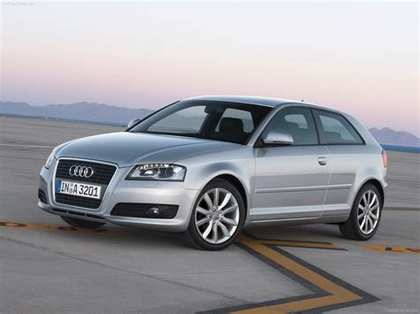 Audi A3 (2009) - picture 2 of 23