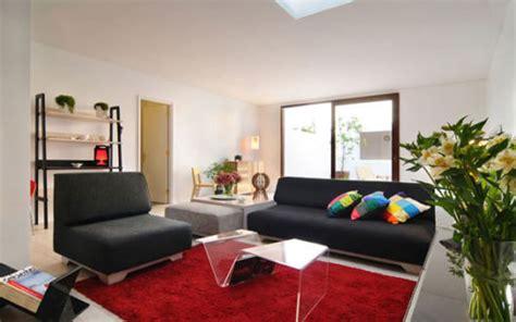 sofa vermelho e tapete preto salas sof 225 preto como decorar modelos e 40 fotos
