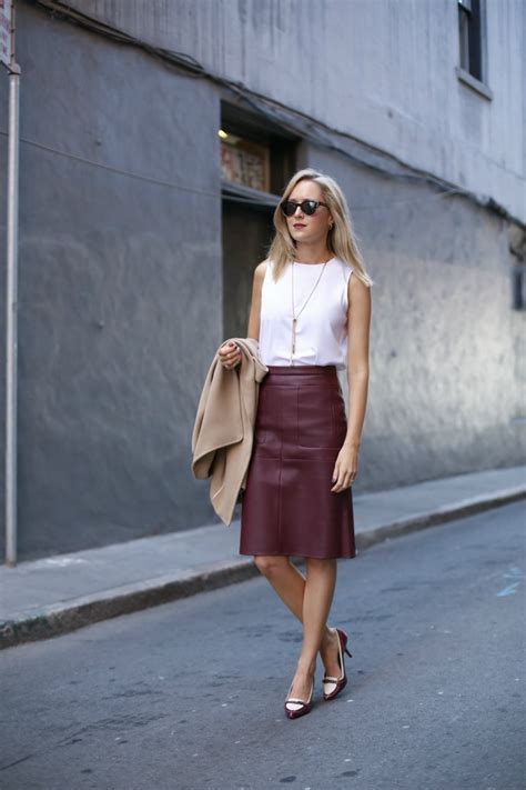Burgundy Leather Skirt for Work | Memorandum