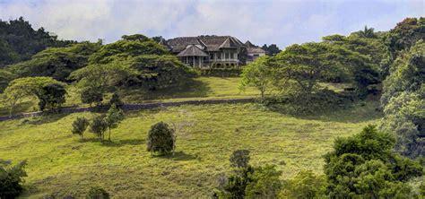bedroom historical house  sale   acres  land
