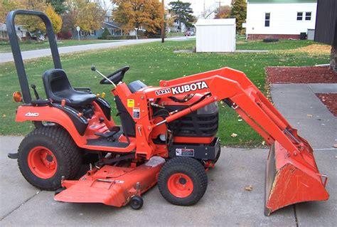 kubota garden tractor mower lawn tractor or garden tractor lawneq