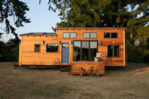 Designs For Building Bunk Beds by How To Choose The Best Tiny House Builders From The Market Midcityeast
