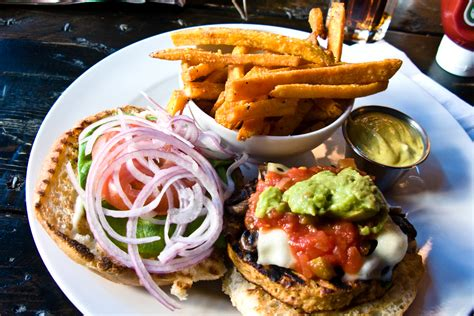 cuisine burger file food topic image veggie burger jpg wikimedia commons