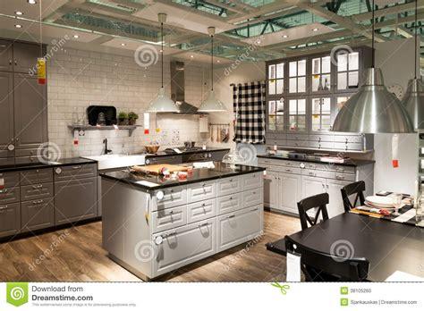 cuisine store magasin cuisine dans le magasin de meubles ikea image éditorial
