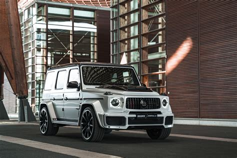 The new front fascia is designed to transition into the wheel arch flares seamlessly and make the front of the. Mercedes-AMG G63 700 Widestar by Brabus & Fostla.de в кузове W463 2020 года выпуска. Фото 1. VERcity