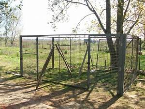 Construire Enclos Pour Chats : un enclos pour sauver des chiens francais ~ Melissatoandfro.com Idées de Décoration