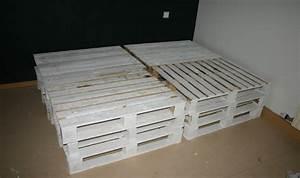 Bett Aus Holzpaletten : diy holzpalettenbett mit beleuchtung ein selbstgemachtes ~ Michelbontemps.com Haus und Dekorationen
