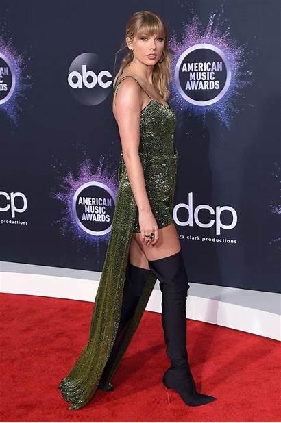 Carpet Awards American Swift Taylor Celebrity Amas