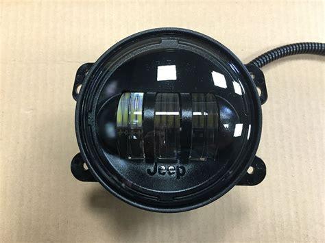 jeep tj led fog lights mopar jeep wrangler led fog lights 82214674