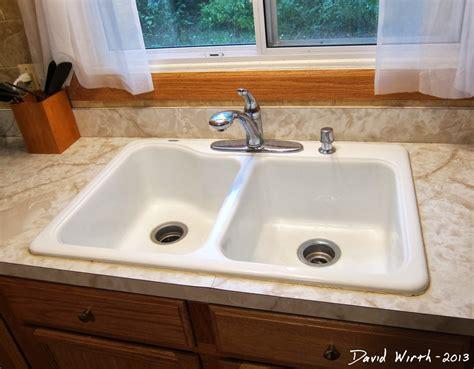 Caulk For Bathroom Sink by How To Caulk A Sink Mycoffeepot Org