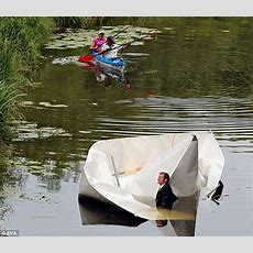 Designer Frank Bolter Builds 27ftlong Paper Boat That Wouldn't Stay Afloat  Daily Mail Online