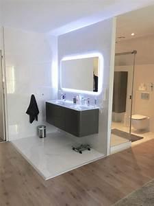 Deco Salle D Eau : une chambre parentale avec dressing et salle d 39 eau contemporain salle de bain paris ~ Teatrodelosmanantiales.com Idées de Décoration